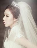 韩国美女明星简美妍婚纱照