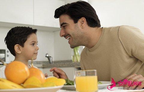 父爱如山:爸爸们照顾baby有妙招