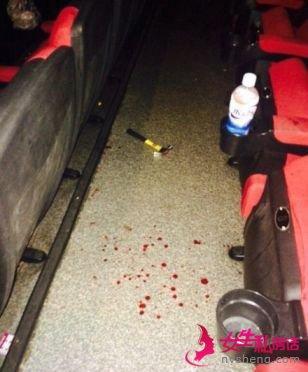 大连男子带小三看电影 遭原配榔头砸血溅影院