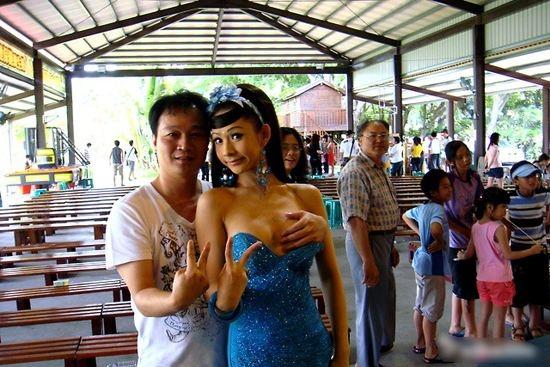 最让男人心动的节日:彝族摸奶节