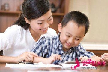 如何陪孩子一起做作业?爸妈们一定要知道