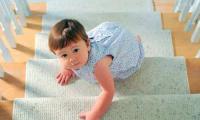 宝宝高处摔下来怎么办 什么样的