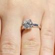 选什么样的结婚钻戒好?如何挑合适的钻戒