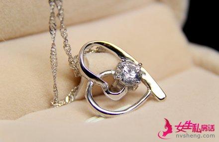 结婚买什么项链好 教你根据五点选结婚项链