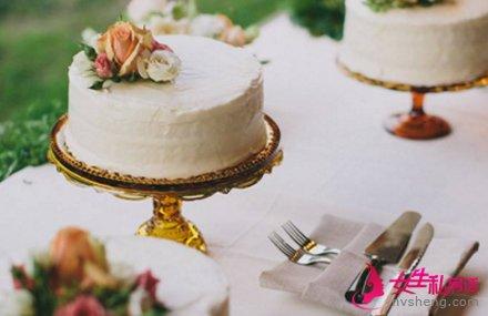 结婚纪念日蛋糕挑选技巧 拉开幸福序幕