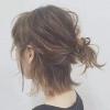 短发半扎丸子头发型 打造慵懒女
