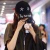 关晓彤机场街拍最新娱乐平台送体验金感欠缺 亮点