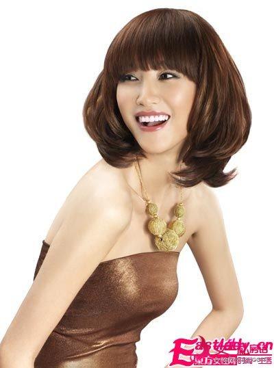打造棕色染发 尽显美女本色