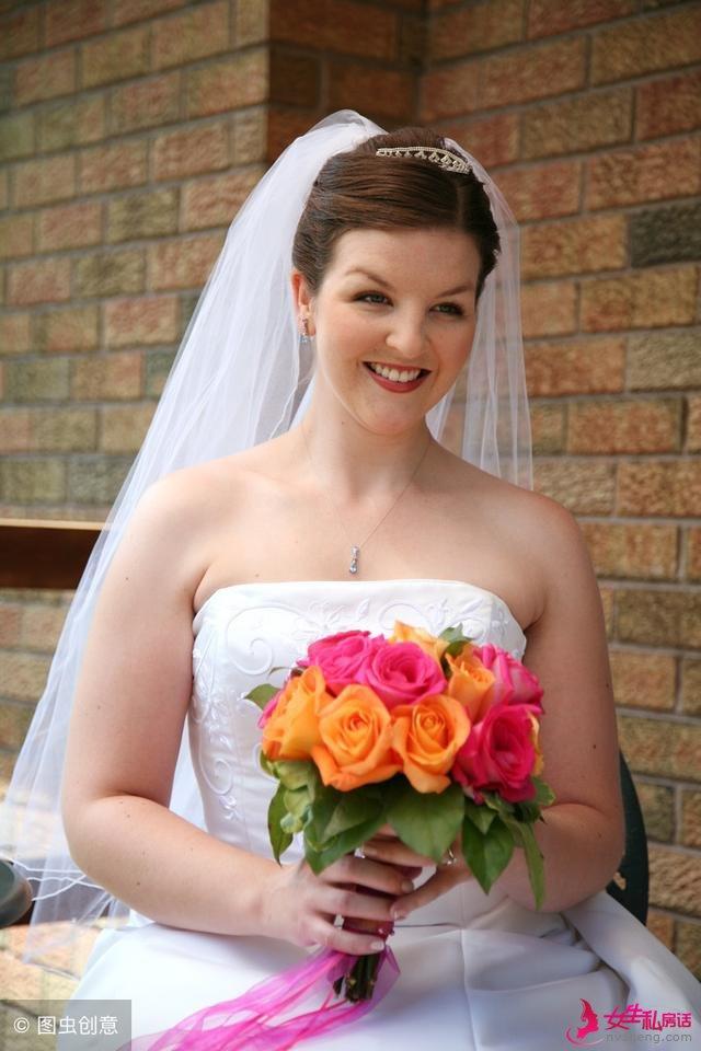 摄影师应如何处理新娘手臂?拍摄完美婚纱照!