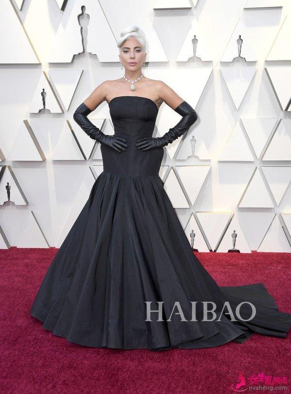 嘎嘎小姐 (Lady Gaga) 亮相2019第91届奥斯卡颁奖礼红毯