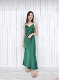 纯色吊带裙,也有别样的高级感!