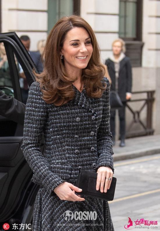 凯特王妃手拿Mulberry手袋