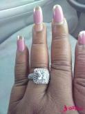 �市履�癯鼋Y婚戒指 孰料被美甲��了�L�^