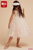 比大人的衣服又贵又难找,婚礼小花童的礼服应该怎么选?