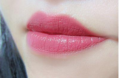 丑嘴唇有哪些特征,不仅仅是口红色彩;唇纹、唇形都是至关重要的