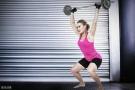 为什么说女孩别怕力量训练?――金刚芭比的身材,你根本练不出来