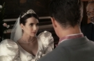 艾玛罗伯茨当伴娘不低调,穿粉裙出席闺蜜婚礼,把新娘风头都抢尽