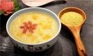 """每天喝一碗小米粥,补肾安神、助睡眠,教你如何熬出""""米油"""""""